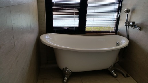 R201觀海浴缸